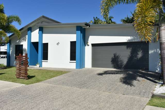 3 Holts Road, Beaconsfield QLD 4740