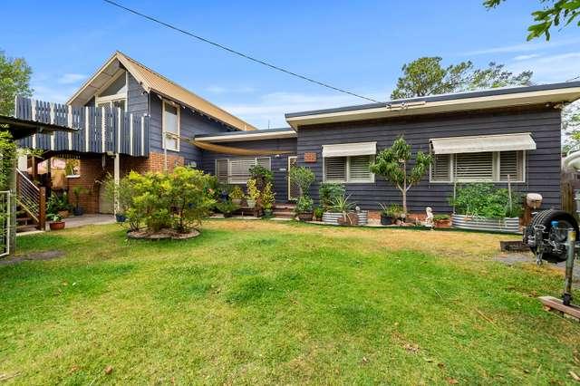 102 Bayview Road, Tea Gardens NSW 2324