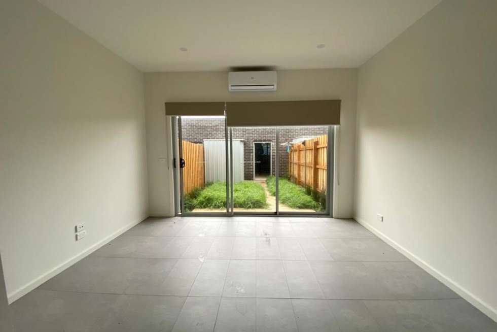 Third view of Homely townhouse listing, 15 Innes Street, Wollert VIC 3750