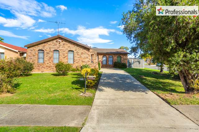 44 Oliveri Crescent, Green Valley NSW 2168