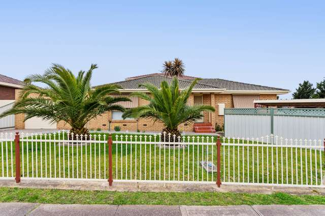 2 Carbine Way, Keilor Downs VIC 3038