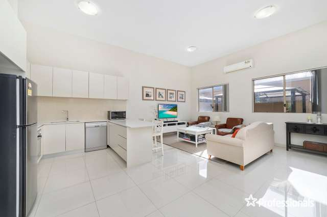 1/108 Boundary Road, Mortdale NSW 2223