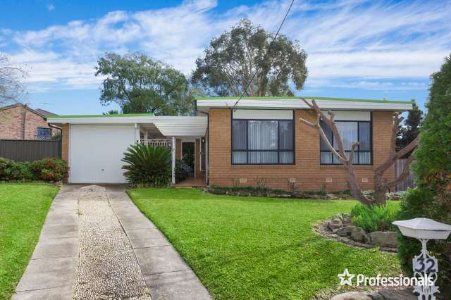 32 Seidel Avenue, Picnic Point NSW 2213