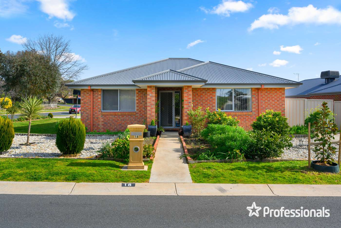 Main view of Homely house listing, 18 Lingford Court, Wodonga VIC 3690