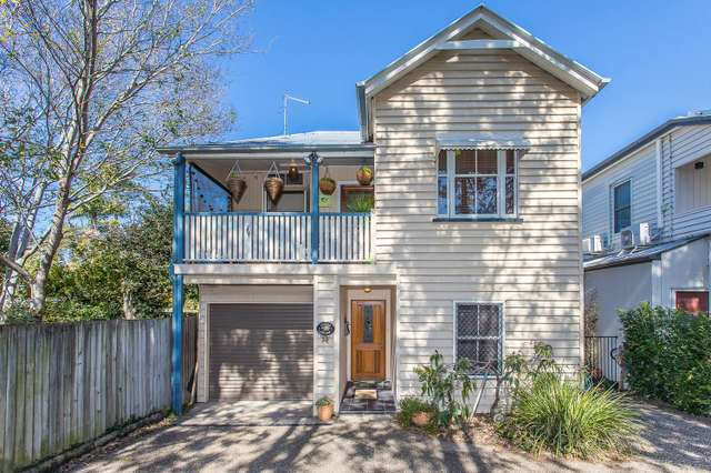 25 Oxford Place, Shorncliffe QLD 4017