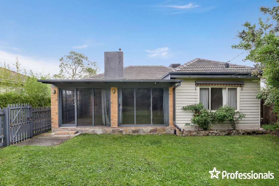 Second view of Homely unit listing, 1/196 Lawrence Road, Mount Waverley VIC 3149