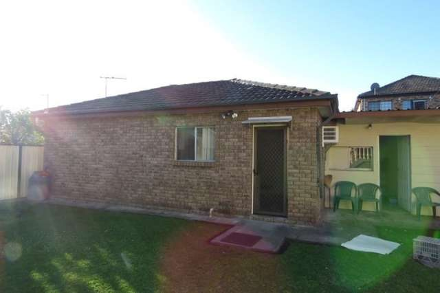 8A Cook Avenue, Canley Vale NSW 2166