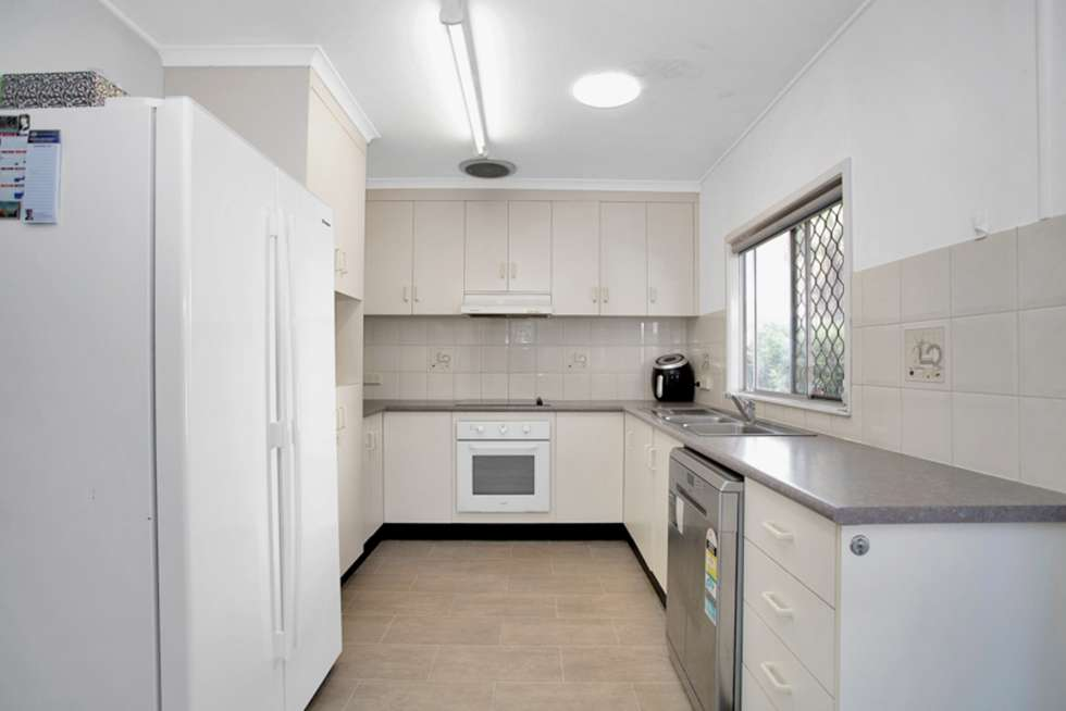 Fifth view of Homely house listing, 1 Stopher Court, Beaconsfield QLD 4740
