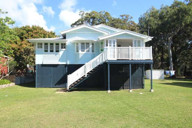 2 Kim Crescent, Macleay Island QLD 4184