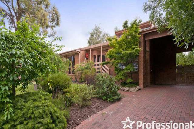 15 Graneby Rise, Mount Evelyn VIC 3796