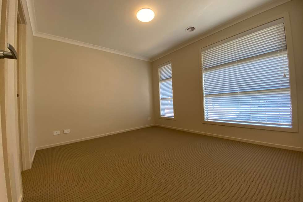 Fifth view of Homely house listing, 3 Gunnersbury Road, Wyndham Vale VIC 3024