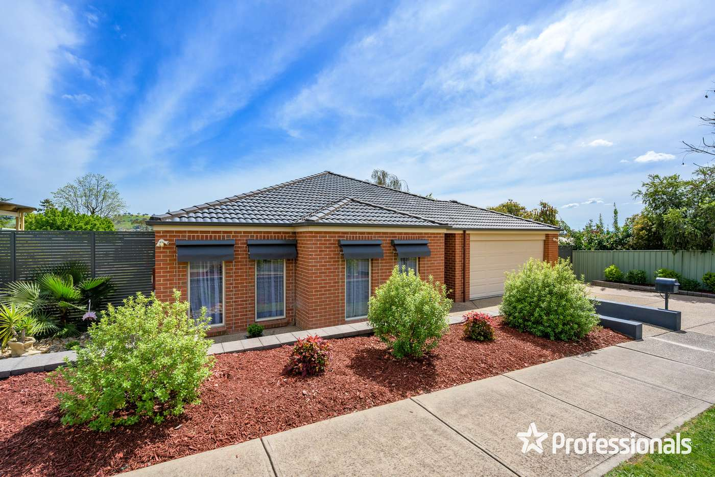 Main view of Homely house listing, 15 Scarborough Drive, Wodonga VIC 3690