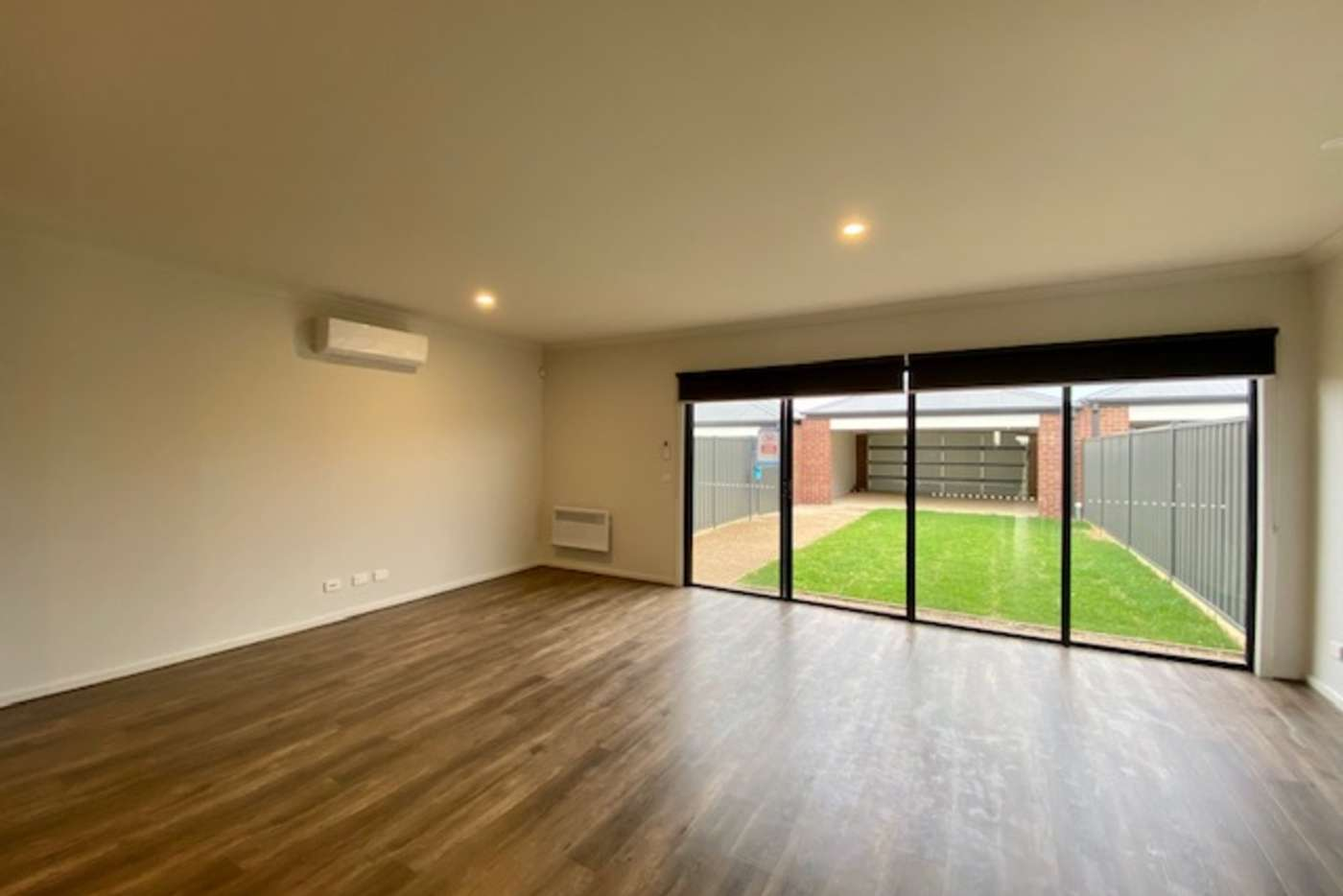 Sixth view of Homely townhouse listing, 16 Magenta Walk, Tarneit VIC 3029