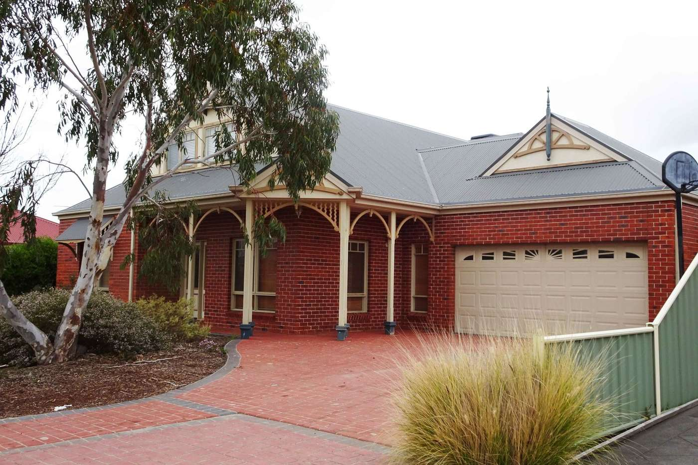 Main view of Homely house listing, 2 Earls Court, Point Cook VIC 3030