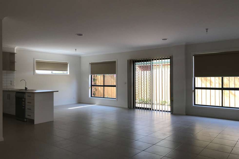 Third view of Homely townhouse listing, 3/5 Rita Court, Hoppers Crossing VIC 3029