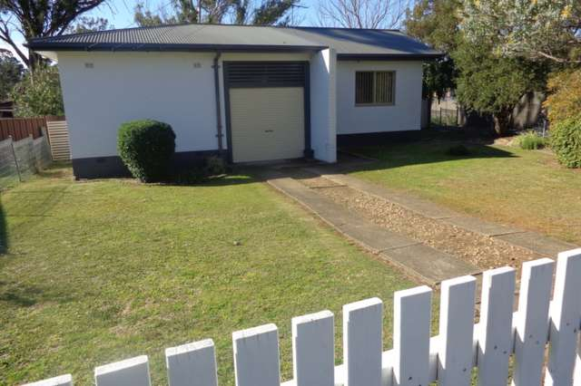 16 Parkes Crescent, Blackett NSW 2770