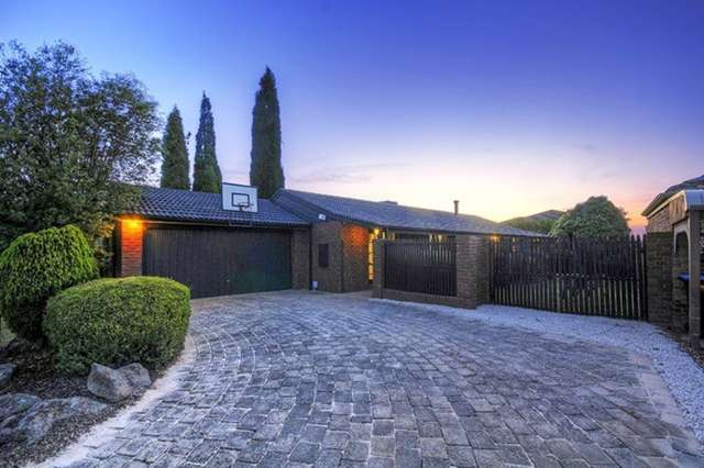 6 Larter Court, Wantirna South VIC 3152