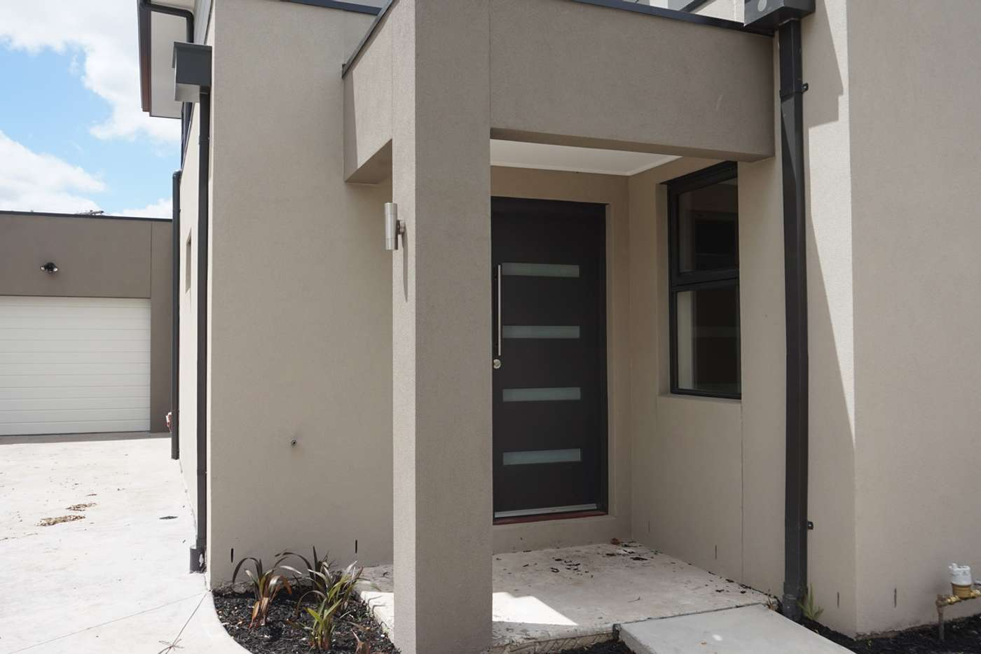 Main view of Homely townhouse listing, 2/53 Goodwood Drive, Springvale VIC 3171