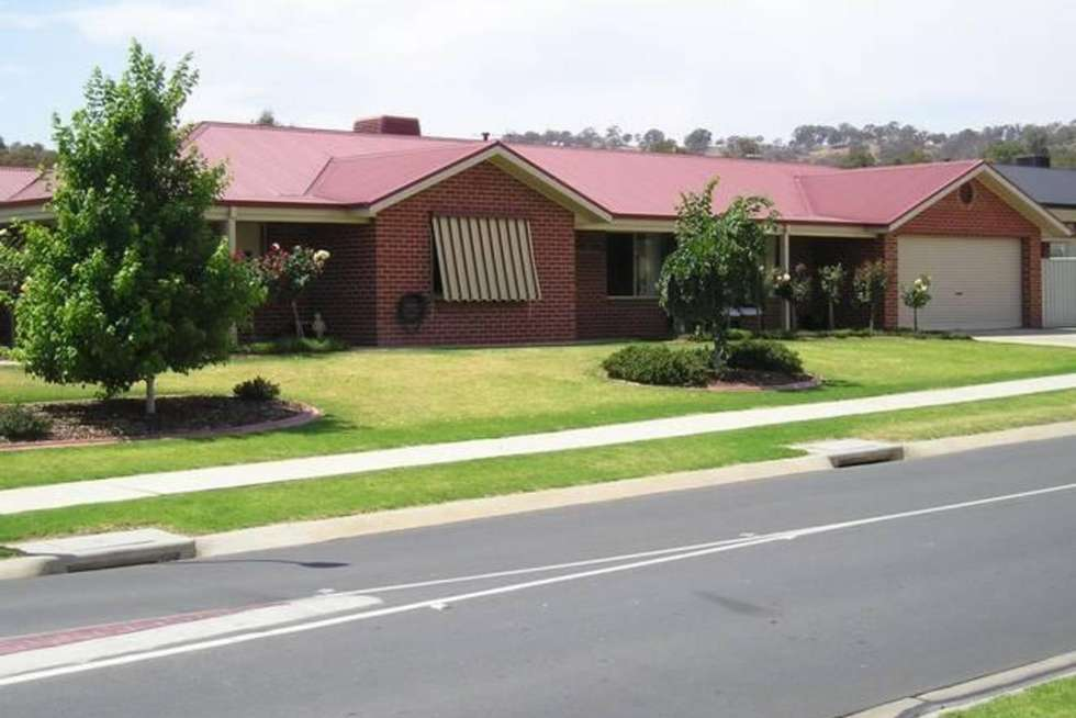 Second view of Homely house listing, 5 Shannon Avenue, Wodonga VIC 3690