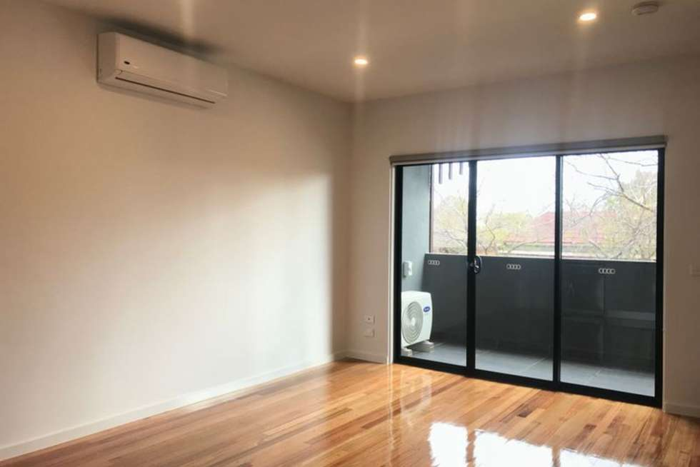 Third view of Homely apartment listing, 1/39 Victoria Street, Footscray VIC 3011