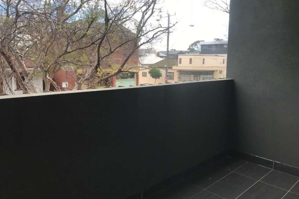 Fourth view of Homely apartment listing, 1/39 Victoria Street, Footscray VIC 3011