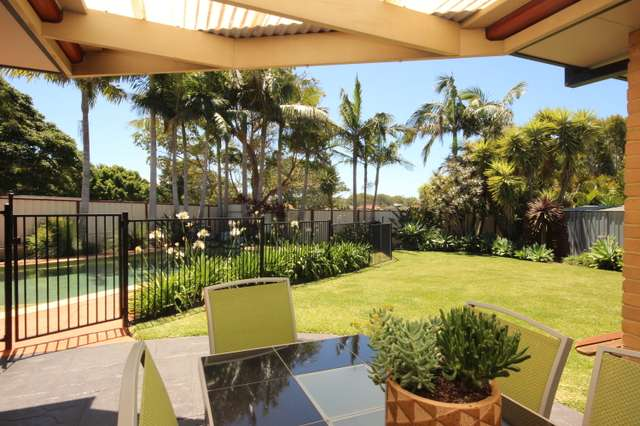 8 Smiths Close, Forster NSW 2428