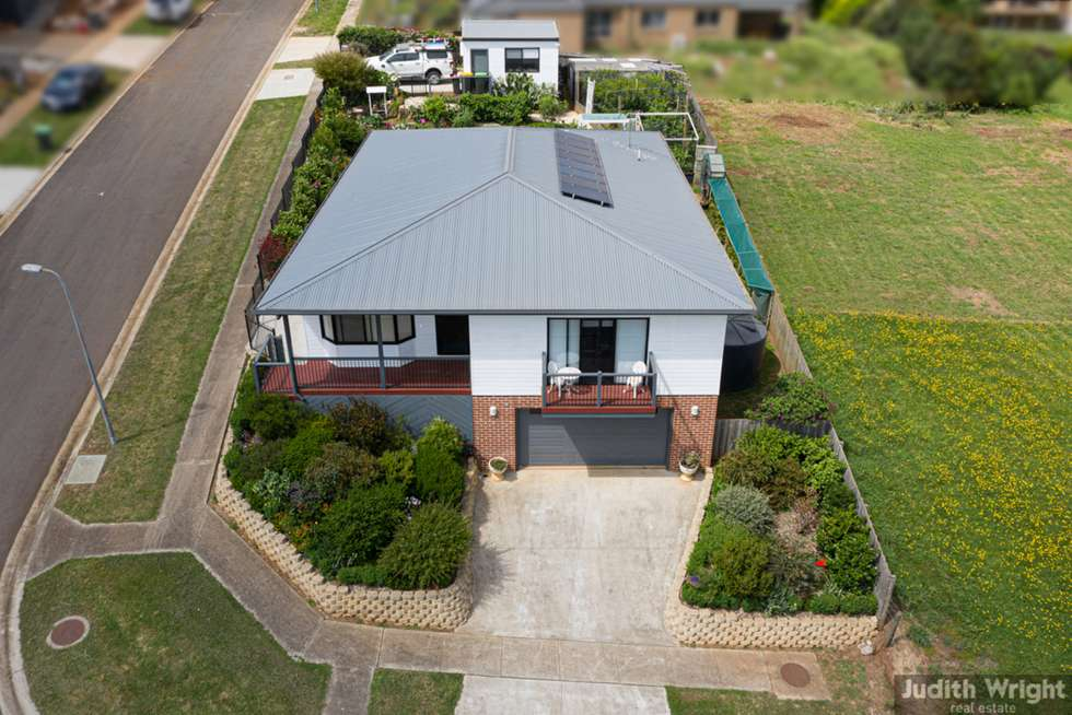 Fourth view of Homely house listing, 19 Manallack Lane, Drouin VIC 3818
