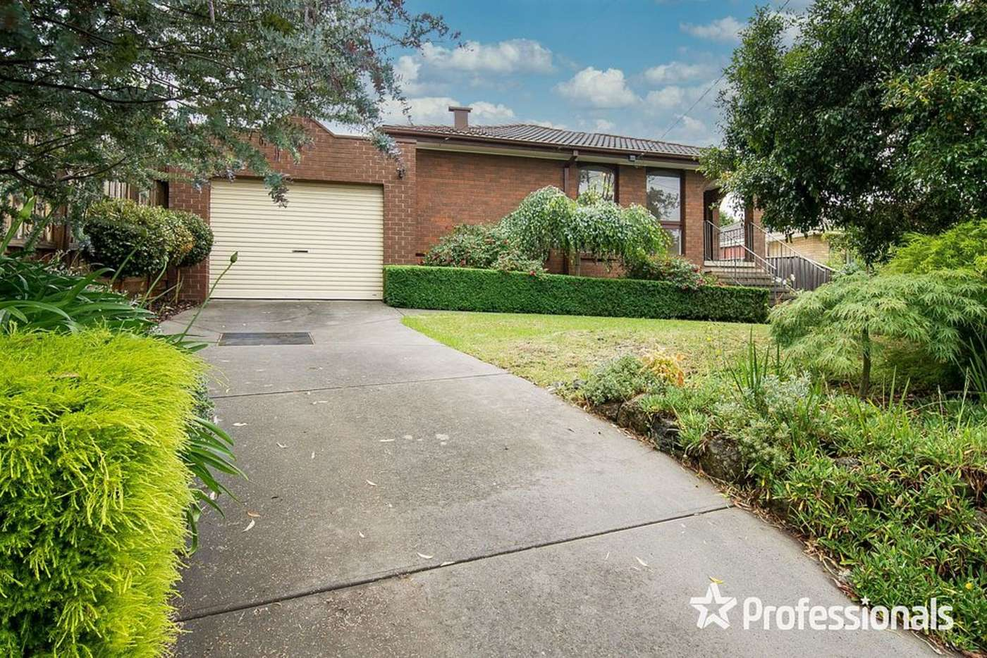 Main view of Homely unit listing, 1/7 Rachelle Drive, Wantirna VIC 3152