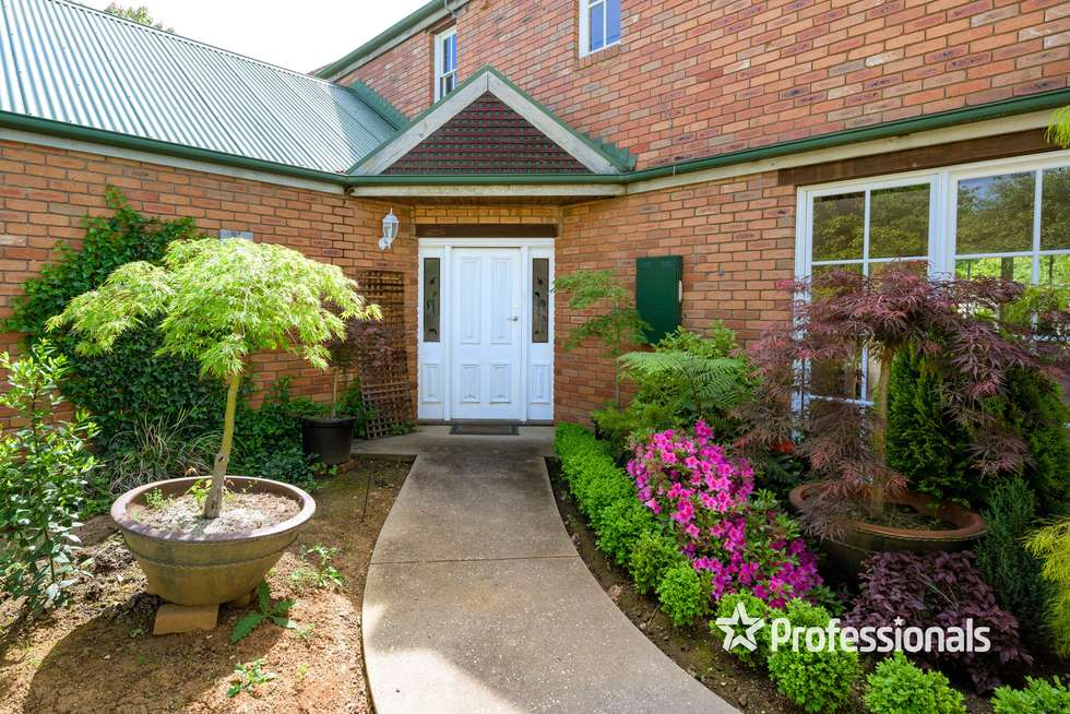 Third view of Homely house listing, 2 Uralla Court, Wodonga VIC 3690