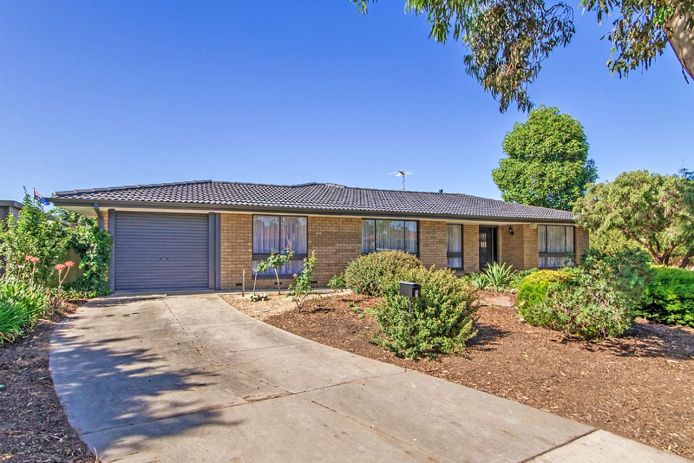 Main view of Homely house listing, 6 Raphael Court, Morphett Vale SA 5162