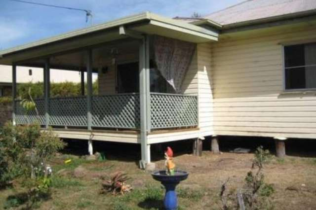 124 Drayton Street, Dalby QLD 4405