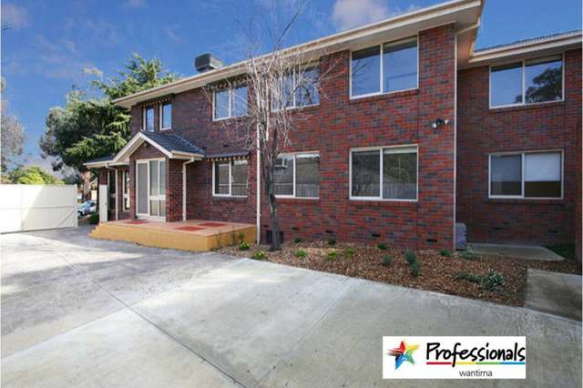 28 Helsal Drive, Wantirna South VIC 3152