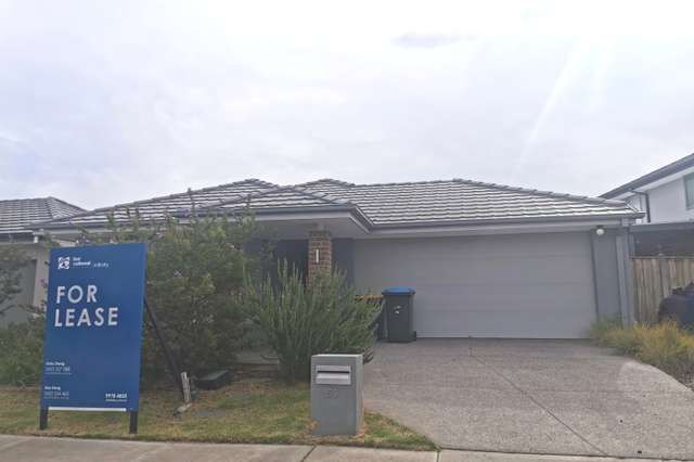 59 Newport Avenue, Williams Landing VIC 3027