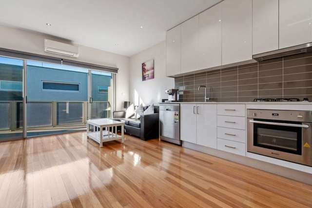 7/59 Parer Road, Airport West VIC 3042