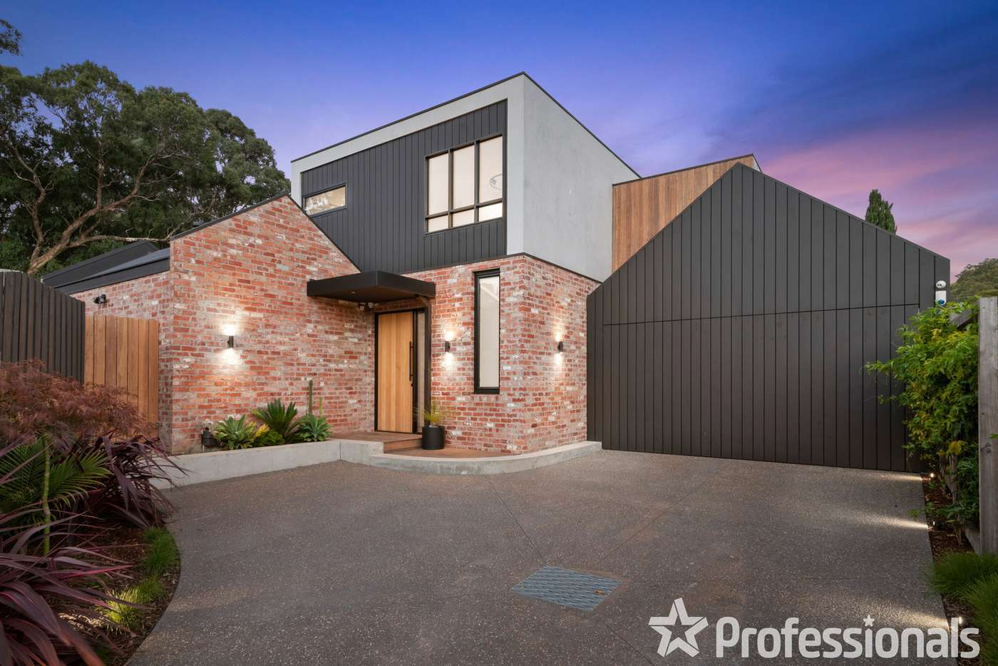 Main view of Homely townhouse listing, 6B Wrexham Road, Ferntree Gully VIC 3156
