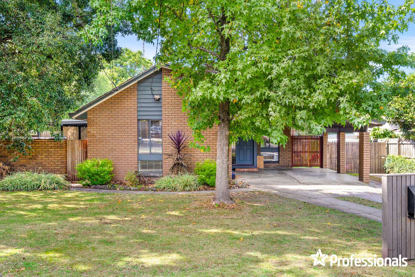 Main view of Homely house listing, 3 Ophelia Street, Ferntree Gully VIC 3156
