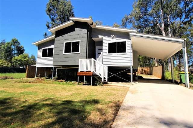 12 waterside Drive, Macleay Island QLD 4184