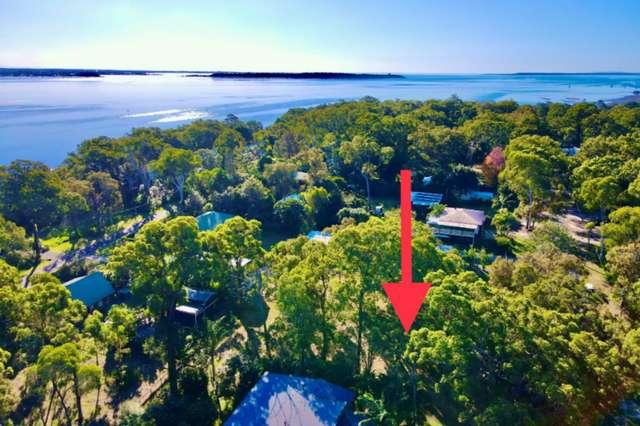 3 President Terrace, Macleay Island QLD 4184