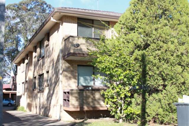 4/28 Bringelly Road, Kingswood NSW 2747
