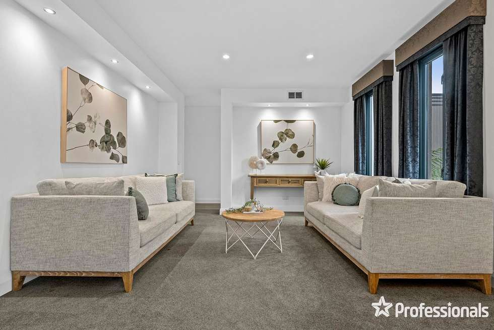 Second view of Homely house listing, 4 Doonside Drive, Lilydale VIC 3140