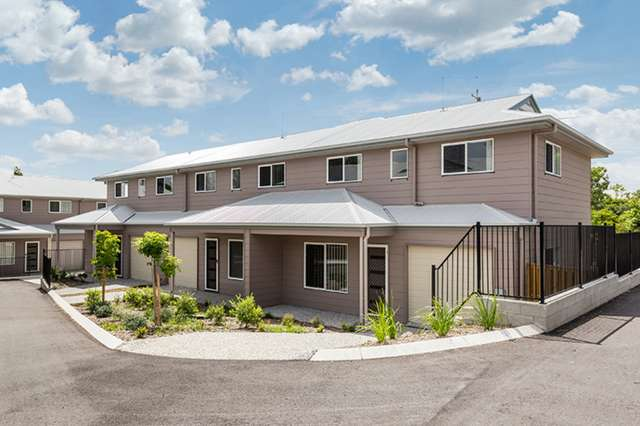4/10 Creek Street, Bundamba QLD 4304