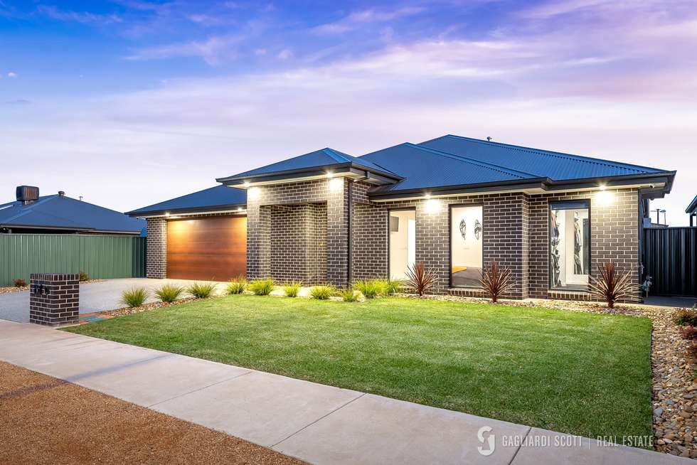 Second view of Homely house listing, 9 Cockatoo Crescent, Kialla VIC 3631
