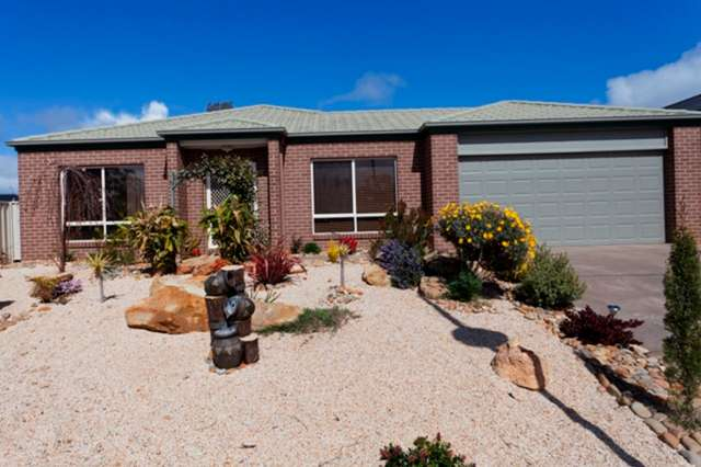 5 Kirri Close, Kangaroo Flat VIC 3555