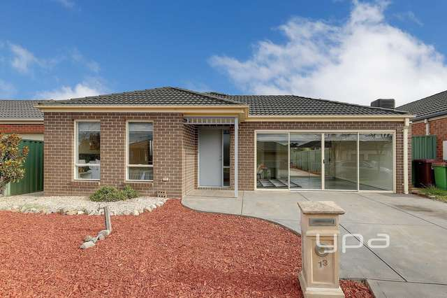 13 Hurlingham Way, Craigieburn VIC 3064