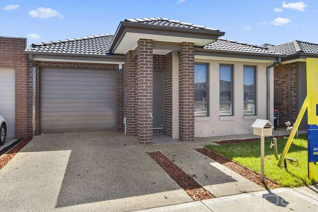 9 Field Avenue, Harkness VIC 3337