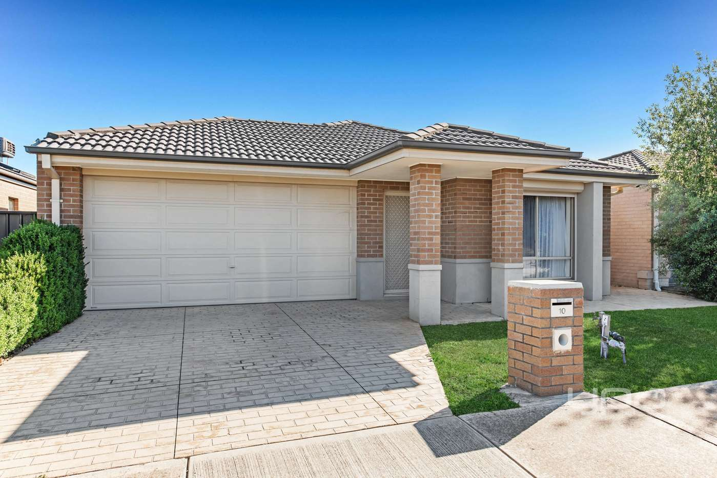 Main view of Homely house listing, 10 Birdswood Crescent, Craigieburn, VIC 3064