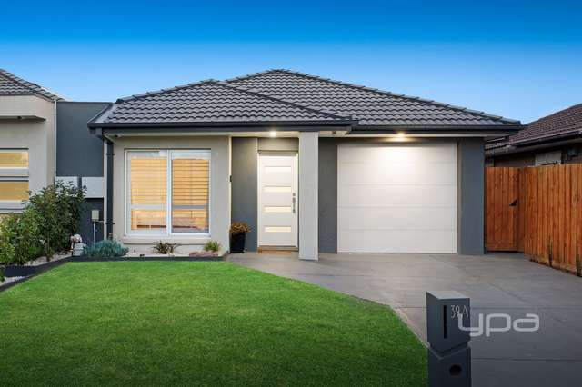 39a Aylesbury Crescent, Gladstone Park VIC 3043
