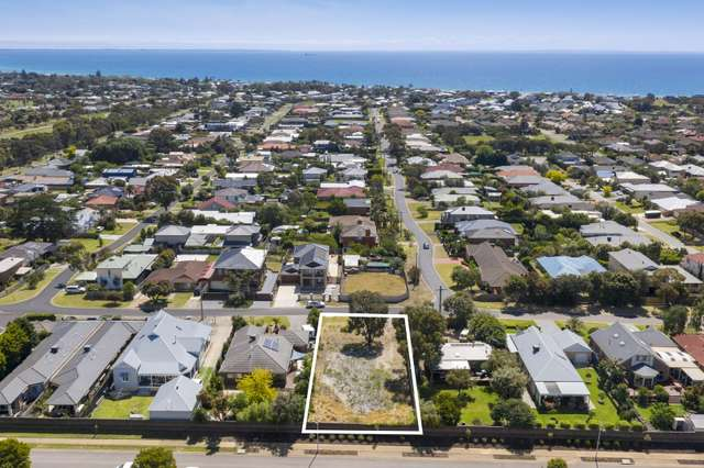 20 Rymer Avenue, Safety Beach VIC 3936