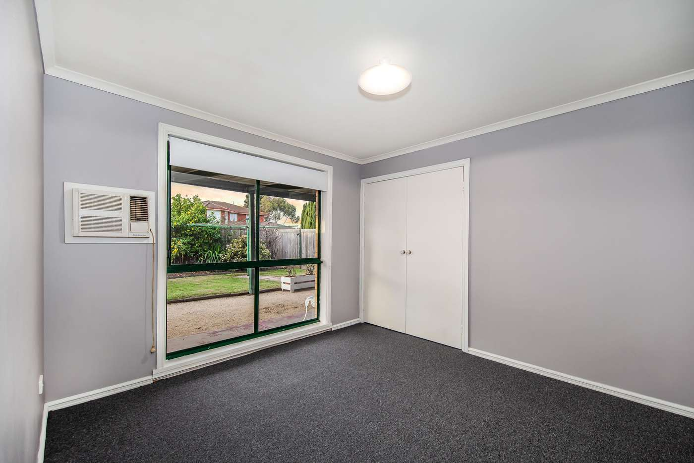 Sixth view of Homely house listing, 2 Crabbe Court, Delahey VIC 3037