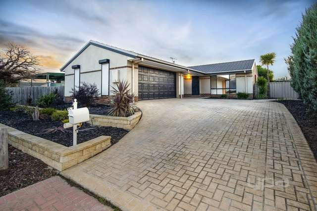 3 Kinley Place, Hillside VIC 3037